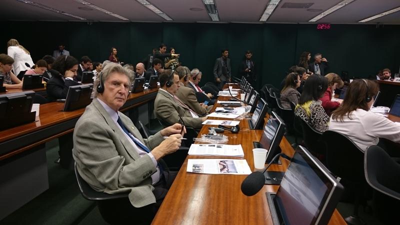 DEPUTADO PARTICIPA DE AUDIÊNCIA PÚBLICA SOBRE TUBERCULOSE